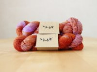 【Lichen and Lace】<br>1ply Superwash Merino Fingering<br>sweet potato