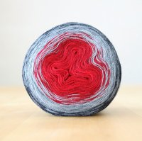 【Jolly knits】<br>Gradient Yarn Merino 3PLY(1000m)<br>RED CHRISTMAS