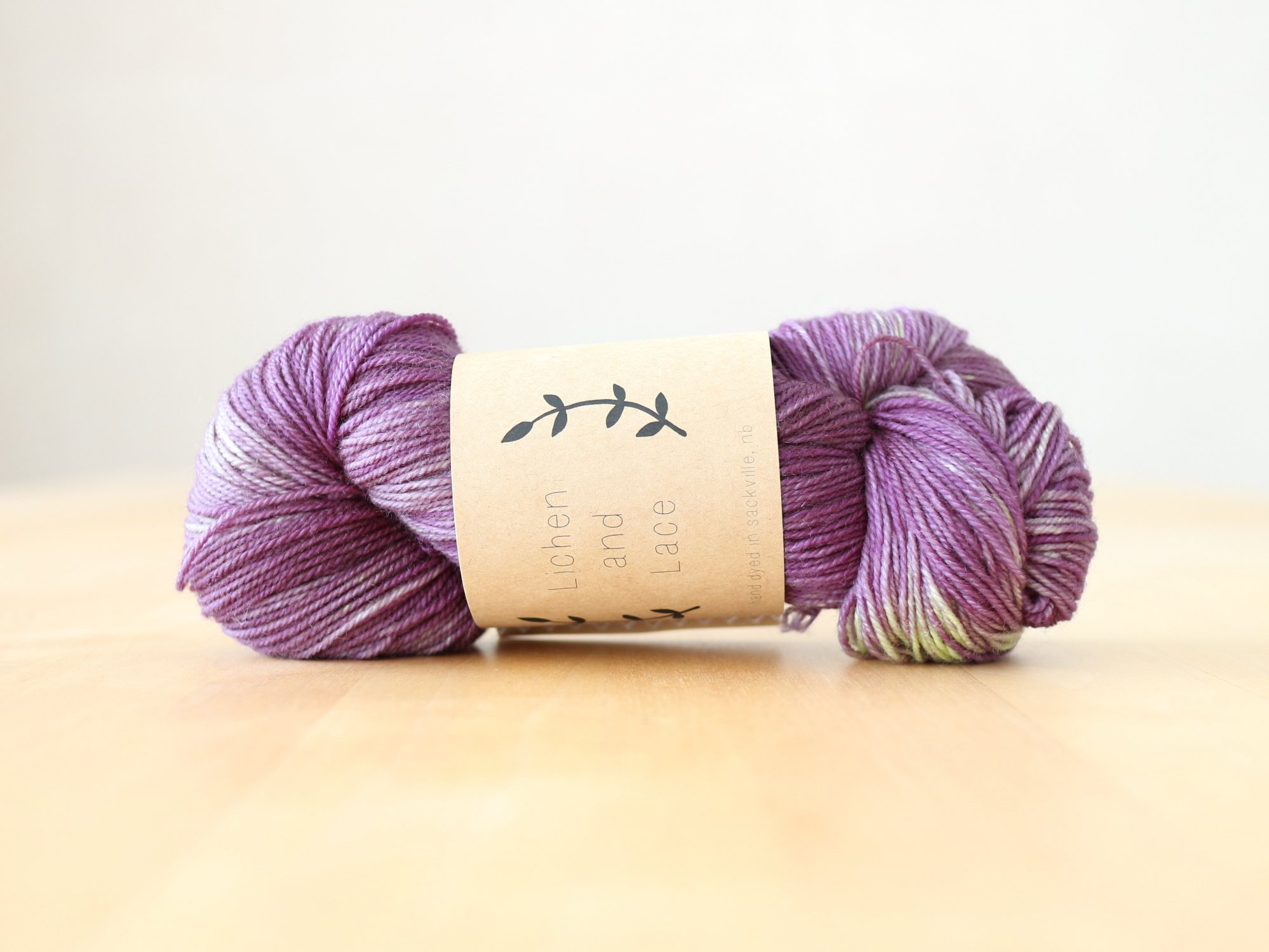 【Lichen and Lace】<br>80/20 Sock<br>baby eggplant