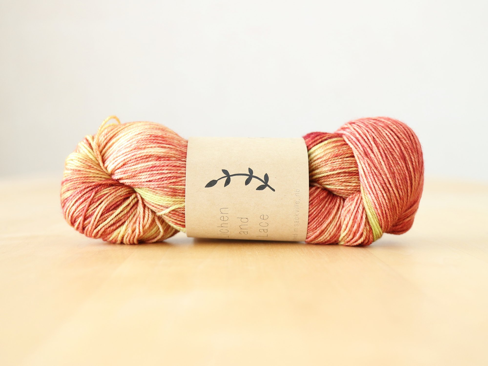 【Lichen and Lace】<br>80/20 Sock<br>rhubarb