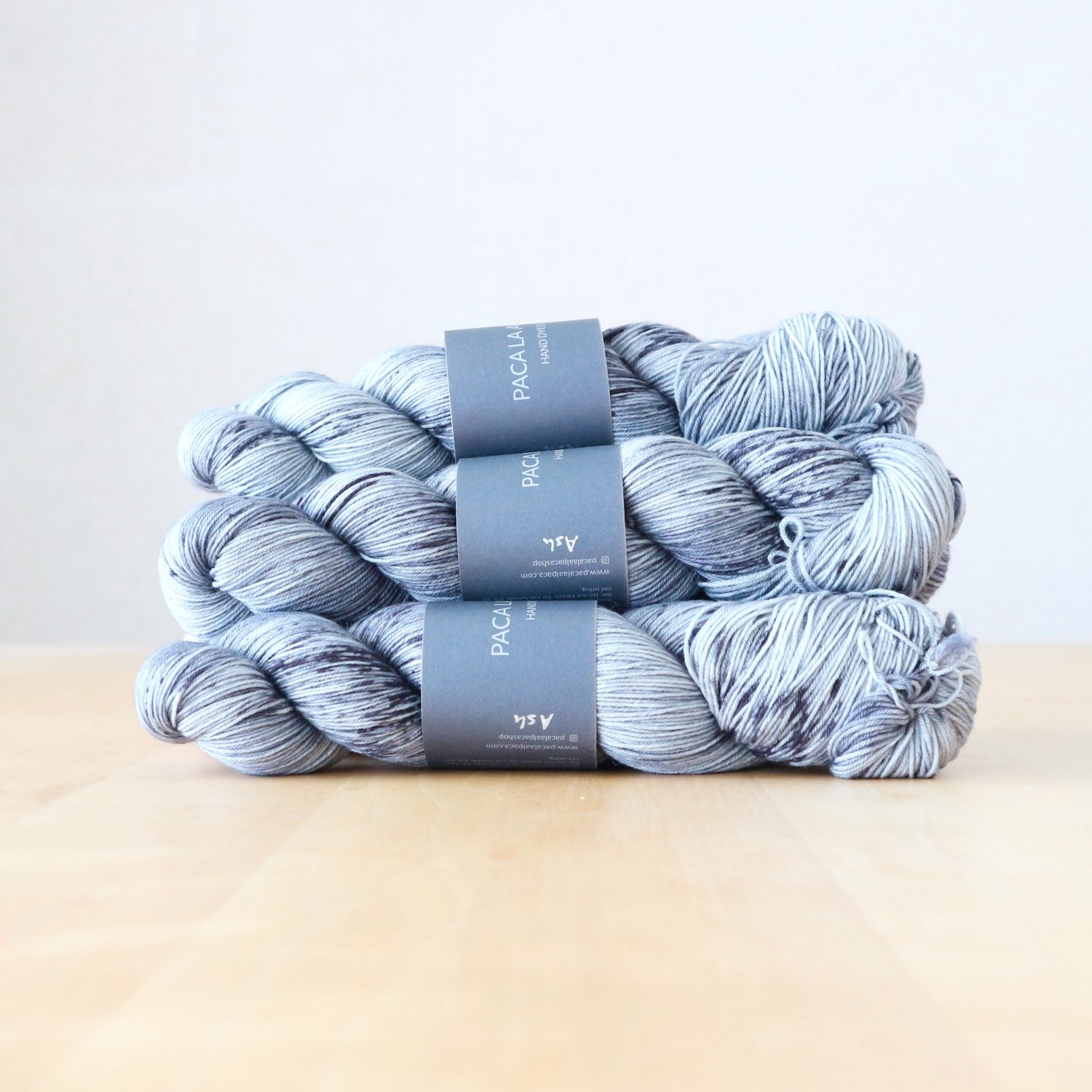 【Paca La Alpaca】<br>Superwash Merino Sock 4Ply<br>Ash