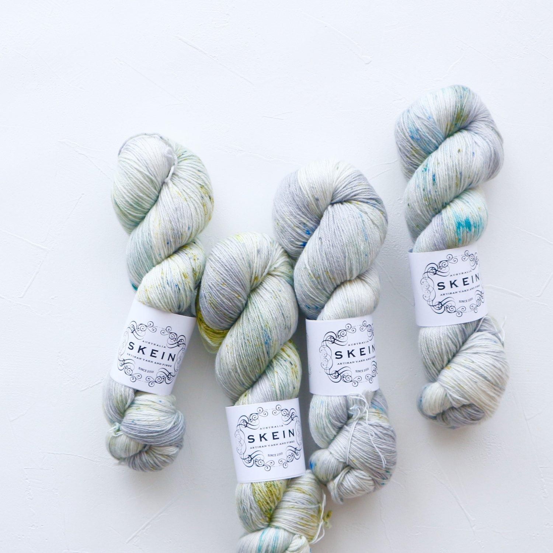 【Skein Yarn】<br>Merino Cashmere Fingering<br>Silver Eucalyptus