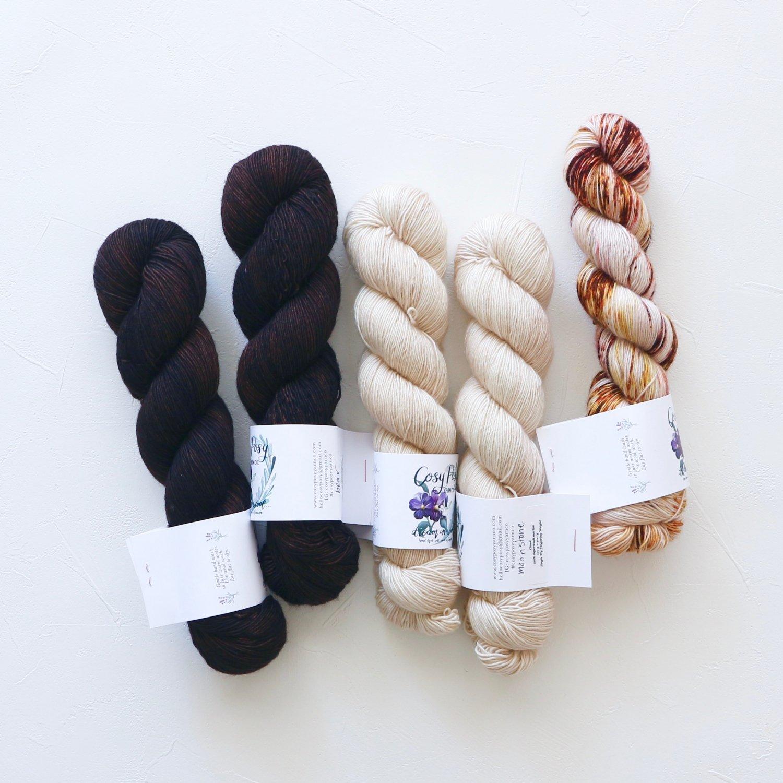 【「Ember Sweater」色合わせセット】<br>Cosy Posy Yarn CLOUD<br>Eセット(長袖 S/Mサイズ)