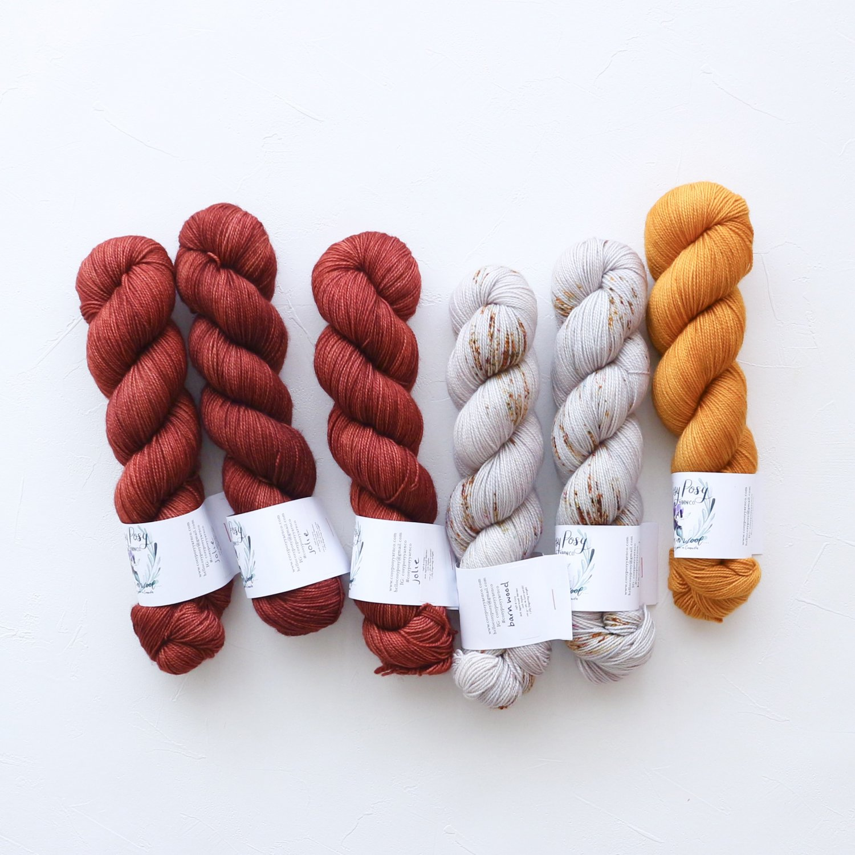 【「Ember Sweater」色合わせセット】<br>Cosy Posy Yarn SOFT & COSY<br>Oセット(長袖 L/XLサイズ)