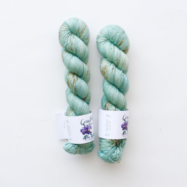 【Cosy Posy Yarn】<br>CLOUD<br>Luna Moth