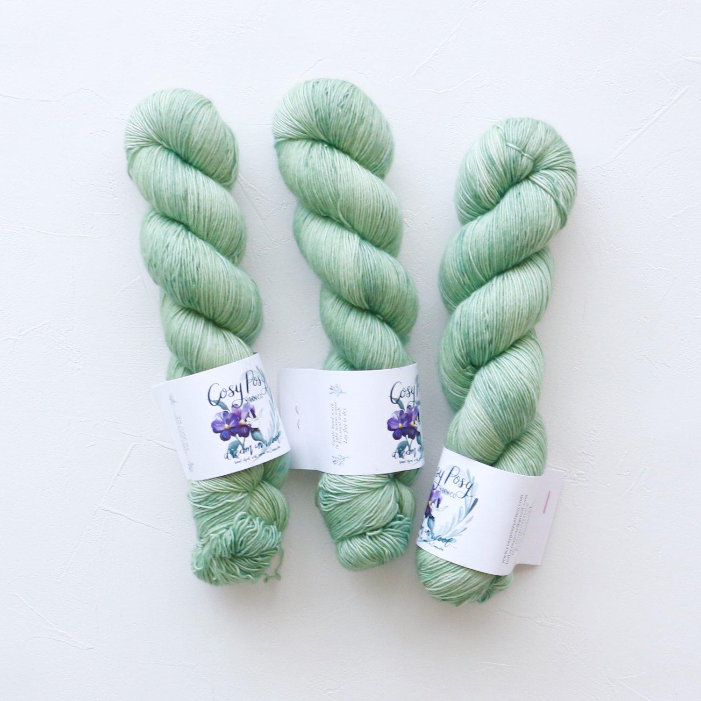 【Cosy Posy Yarn】<br>CLOUD<br>Luna Moth(No speckles)