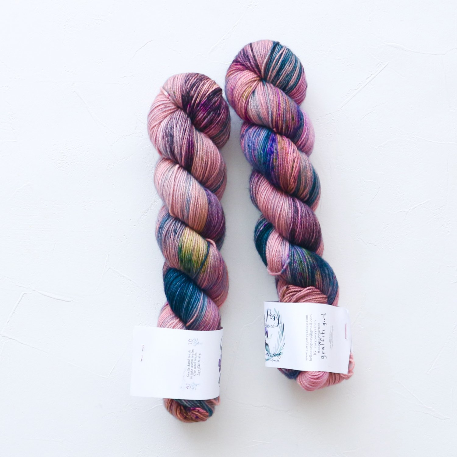 【Cosy Posy Yarn】<br>SOFT & COSY<br>Graffiti Girl