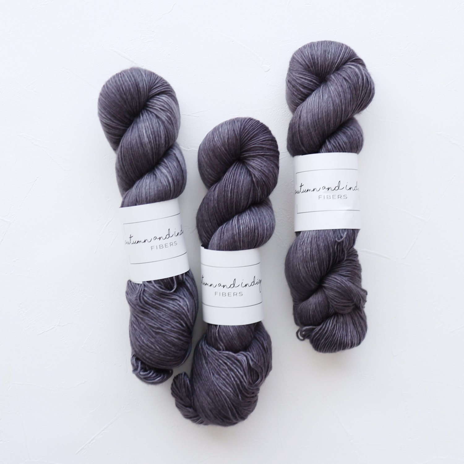 【Autumn and Indigo】<br>Single Sock<br>Graphite