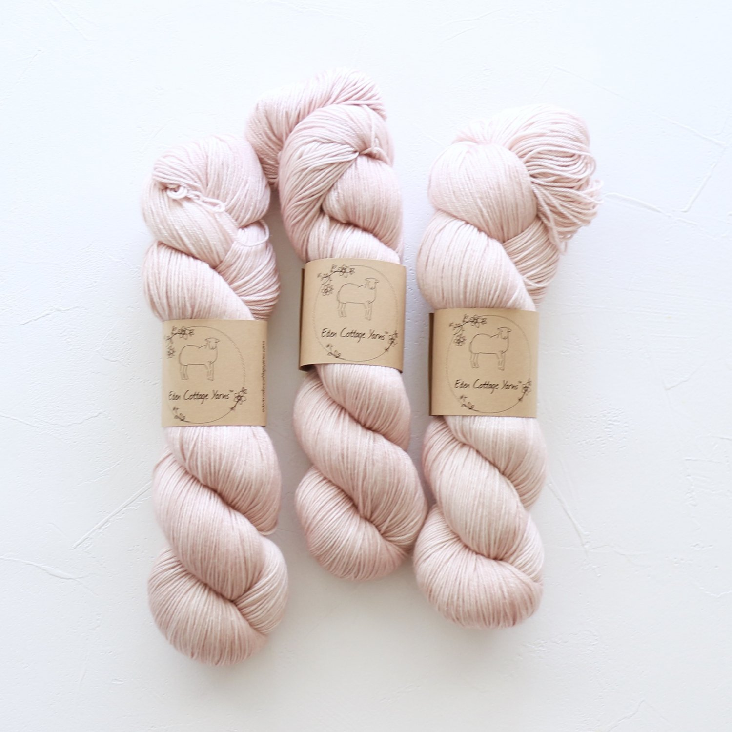 【Eden Cottage Yarns】<br>Titus 4ply<br>Stonecrop