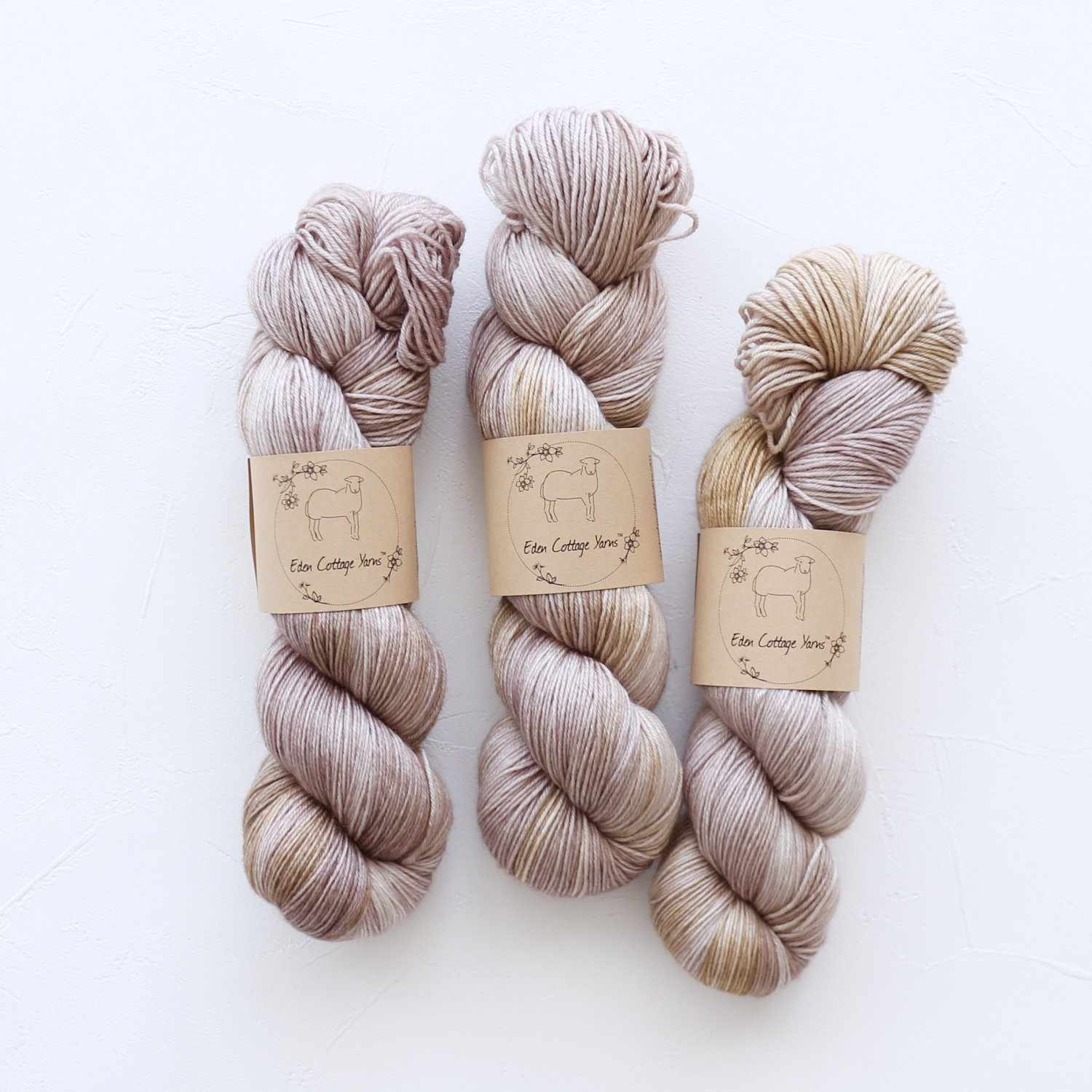 【Eden Cottage Yarns】<br>Pendle 4ply<br>Zeppelin