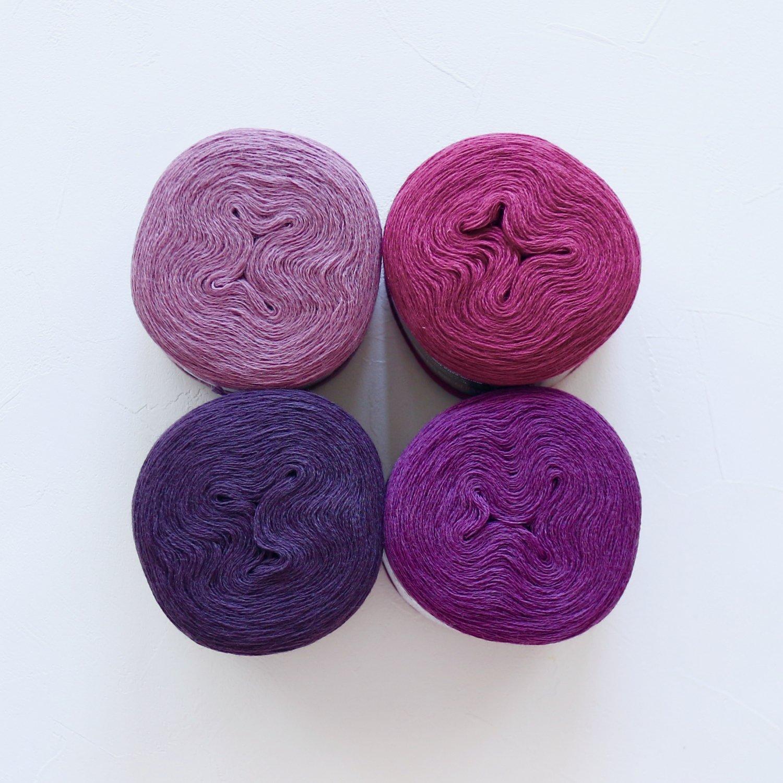 【Jolly knits】<br>Gradient Yarn Merino 3PLY(500m × 4色)<br>【パープルC】