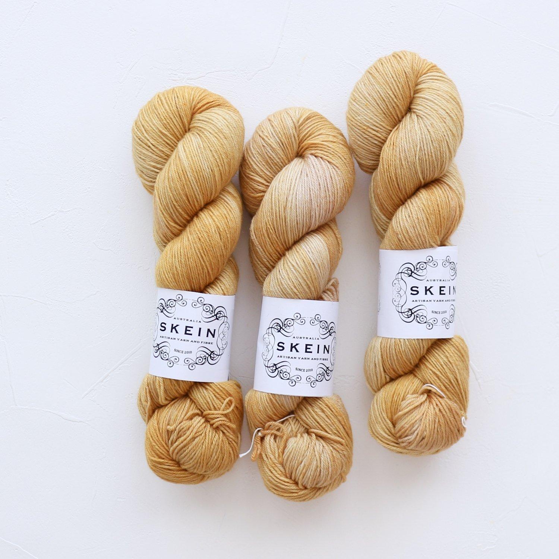 【Skein Yarn】<br>Merino Cashmere Fingering<br>Sparrow