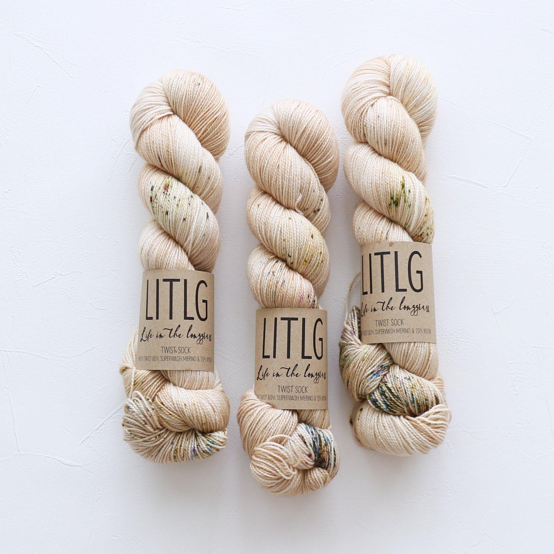 【LIFE IN THE LONGGRASS】<br>Twist Sock<br>Golddust