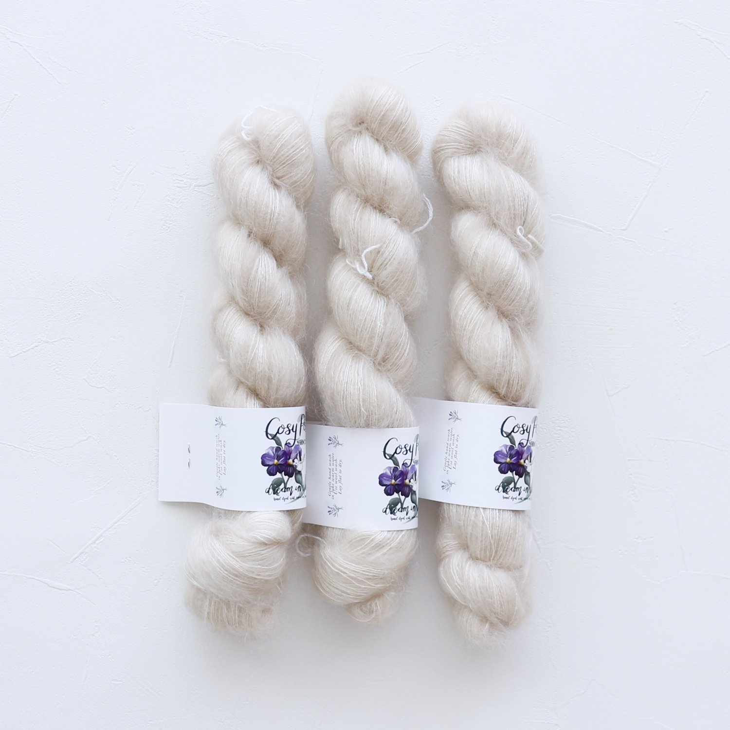 【Cosy Posy Yarn】<br>FLOOF<br>Moonstone