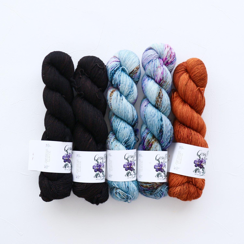 【「Ember Sweater」色合わせセット】<br>Cosy Posy Yarn CLOUD<br>【2】(長袖 S/Mサイズサイズ)