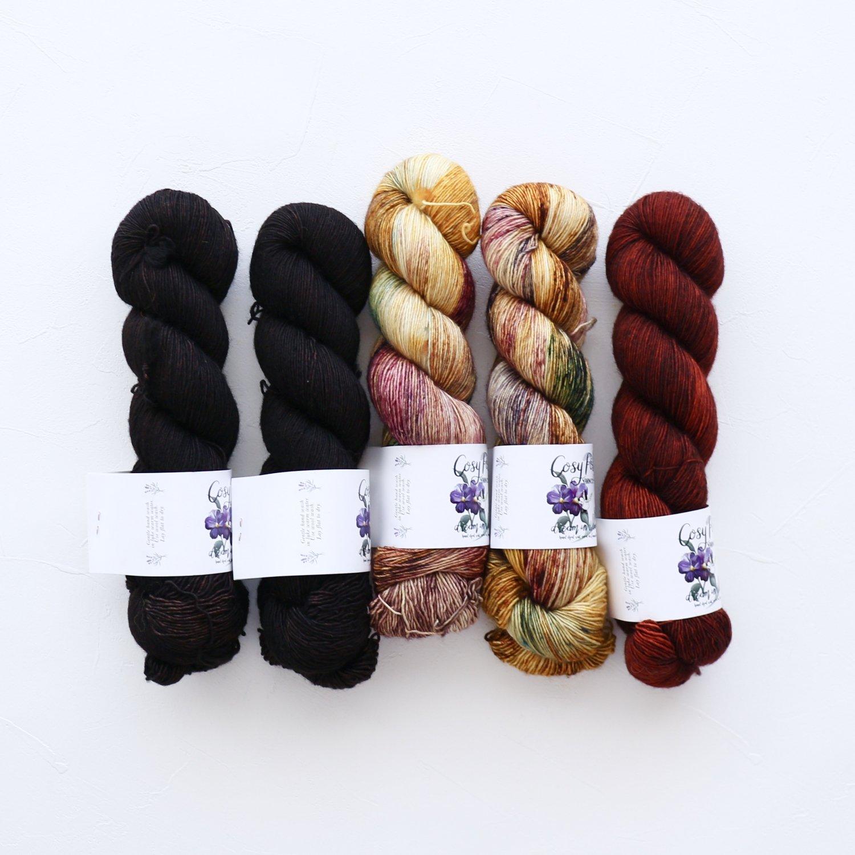 【「Ember Sweater」色合わせセット】<br>Cosy Posy Yarn CLOUD<br>【5】(長袖 S/Mサイズサイズ)