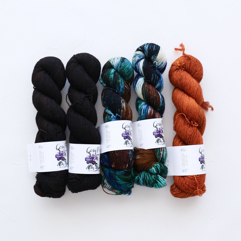 【「Ember Sweater」色合わせセット】<br>Cosy Posy Yarn CLOUD<br>【6】(長袖 S/Mサイズサイズ)