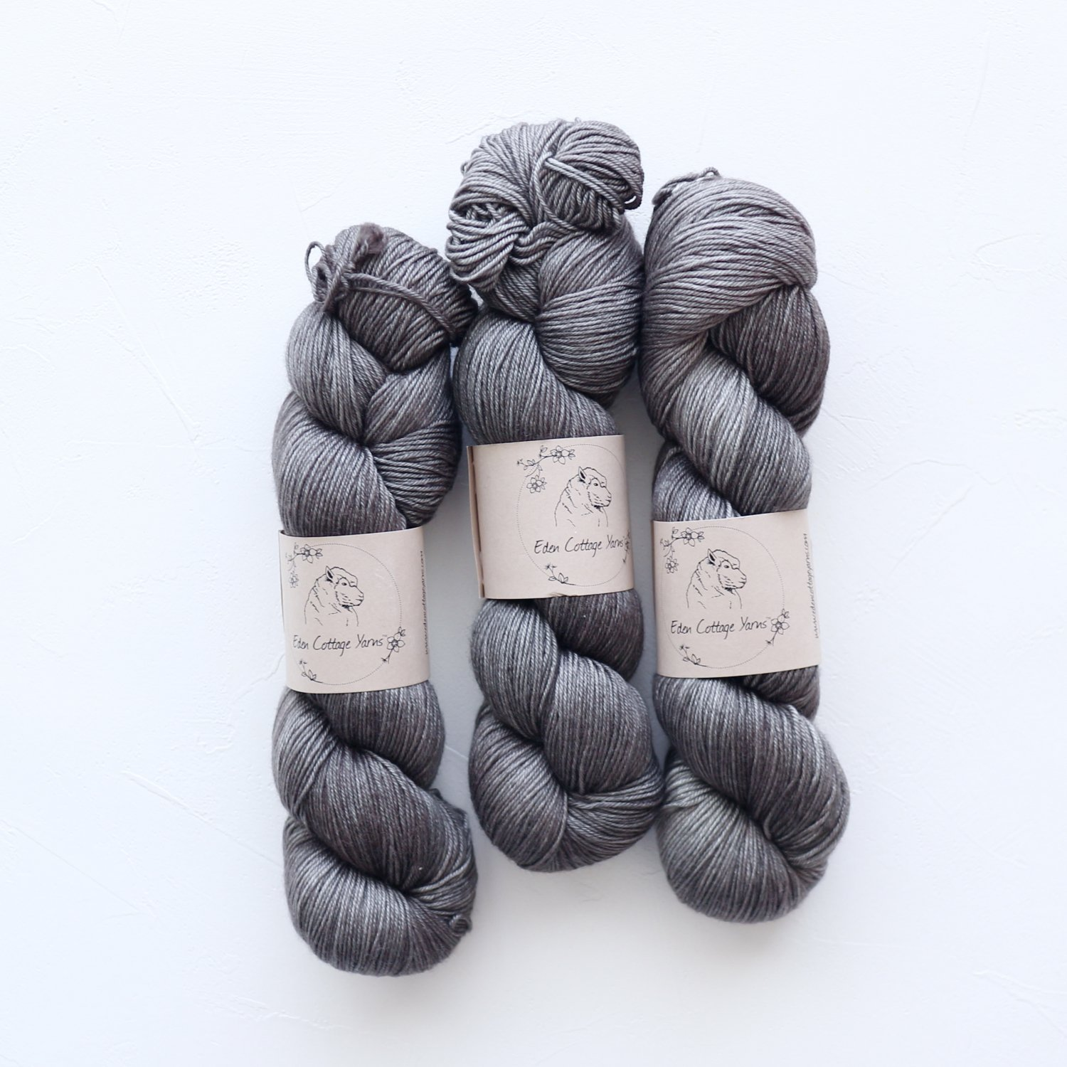 【Eden Cottage Yarns】<br>Titus 4ply<br>Charcoal