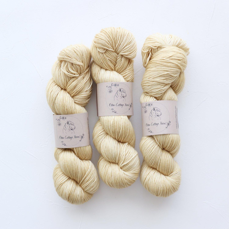 【Eden Cottage Yarns】<br>Pendle 4ply<br>Sand