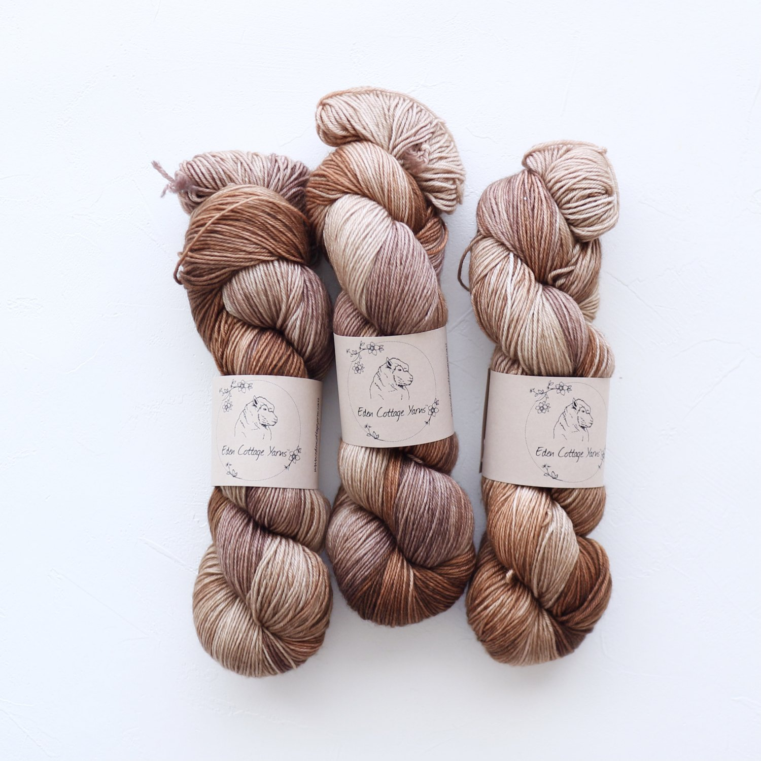 【Eden Cottage Yarns】<br>Pendle 4ply<br>Mountain Hare