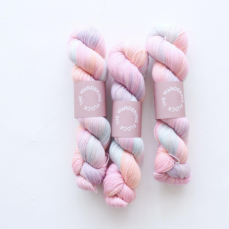 【TheWanderingFlock】<br>Merino Nylon Sock Yarn<br>RAINBOW SHERBERT
