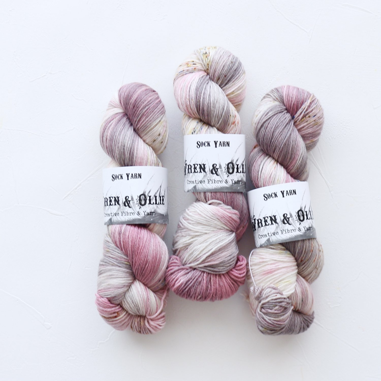 【Wren & Ollie】<br>Sock Yarn<br>Flora