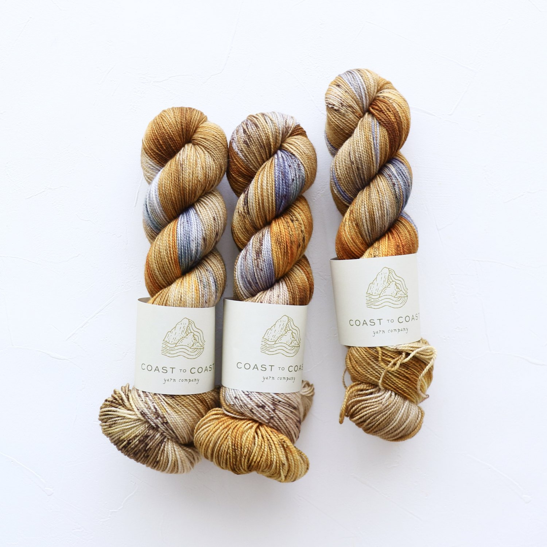【Coast to Coast Yarn Co】<br>Twist Sock<br>Glow
