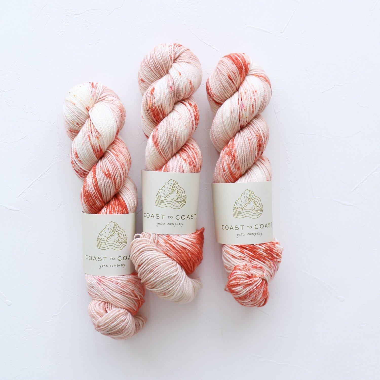 【Coast to Coast Yarn Co】<br>Twist Sock<br>That's My Peach