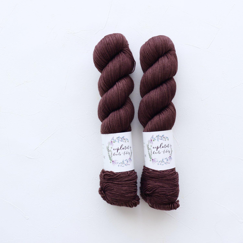 【Explorer Knits + Fibers】<br>Denali Sock<br>MULLED WINE
