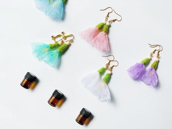 【イヤリング】香りまとうお花の耳飾り(作:ouchi salon てん、)