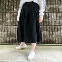 Rayon pleats skirt / BLK