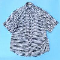 Geometric pattern s/s silk shirt