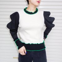 QFD - Wave sleeve knit top<img class='new_mark_img2' src='https://img.shop-pro.jp/img/new/icons10.gif' style='border:none;display:inline;margin:0px;padding:0px;width:auto;' />