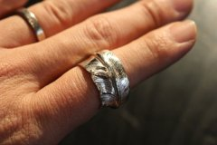 FIRST ARROW's FEATHER MOTIF Ring