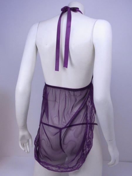 サイドスリットがセクシーな紫のシースルーランジェリーのトルソー背面