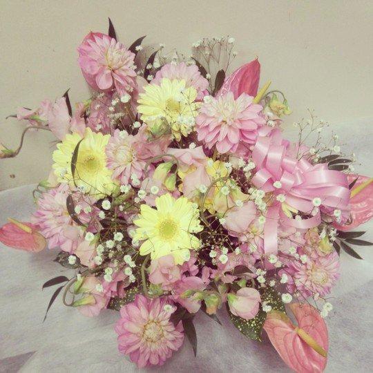 結婚祝いアレンジメント「ベイビートーク」-千代田区飯田橋のお花屋さんhanaTAKEZO