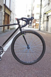 Hand built(手組み)ROAD WHEELS H+SON×BLUE