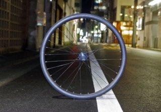 Hand built(手組み)Carbon-Disc WHEEL