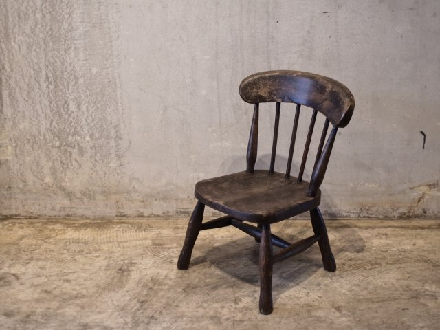 no.11 CHILD CHAIR