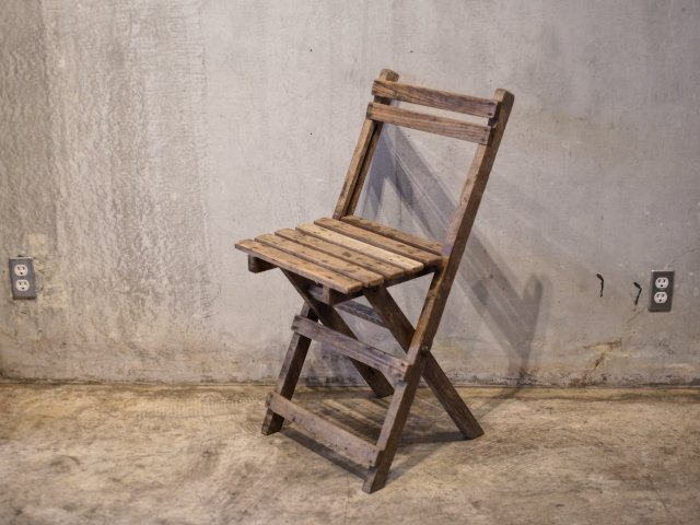 no.15 FOLDING CHAIRS