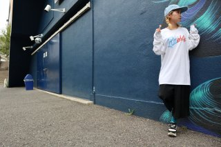 LOGO L/S Tee(ORANGE/LBLUE)WHITE