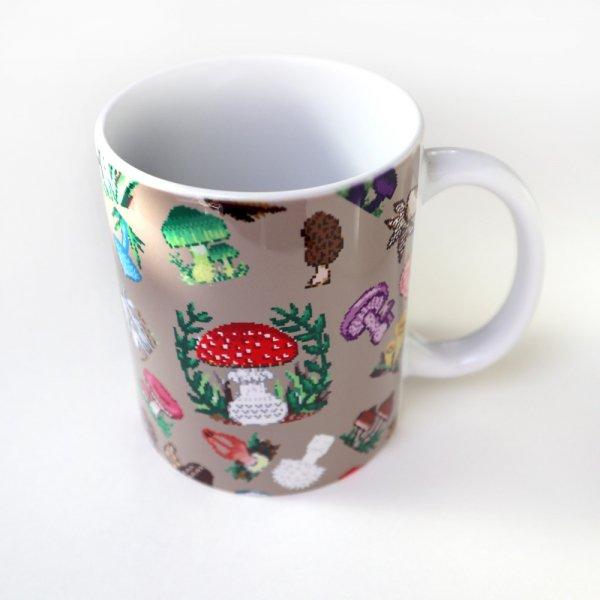 Dot Mushroom 陶器マグカップ