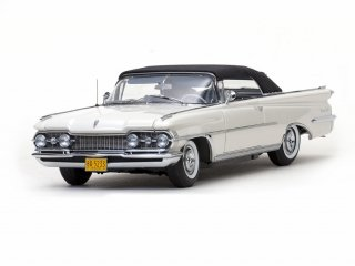 <img class='new_mark_img1' src='//img.shop-pro.jp/img/new/icons13.gif' style='border:none;display:inline;margin:0px;padding:0px;width:auto;' />Sun Star 1/18 1959 Oldsmobile 98 Closed Convertible(サンスター)
