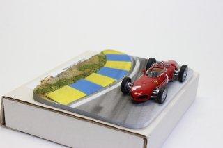 L'EauRouge ジオラマ  サーキットコーナーブルー/イエローB ベルギー製 (ロウルージュ D41b)