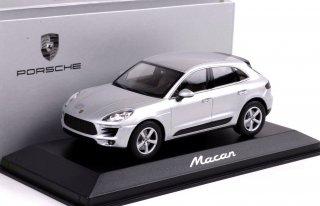 直輸入 MINICHAMPS 1/43 ポルシェマカン 1:43 Porsche Macan 2013 ディラー品Dealer