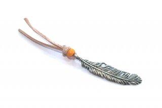 羽根とチェコガラスのブックマーク(オレンジポリッシュ)