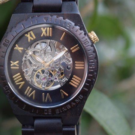EINBAND Eins ブラック&ゴールド 自動巻き木製腕時計 46mm