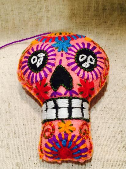 メキシコ・チアパスのアニマリート カラベラ Sサイズ ピンク3