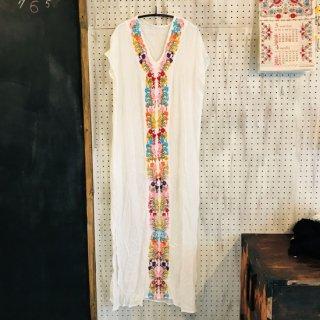 アメリカ Milumia 刺繍ロングドレス WH 水着カバーアップ インナータンクトップ付き