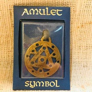 ロシア スピリチュアルシンボル ネックレス アンティークゴールド ピラミッド 真鍮?